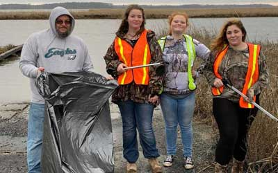 4-H Club Works to Keep Our Town Beautiful