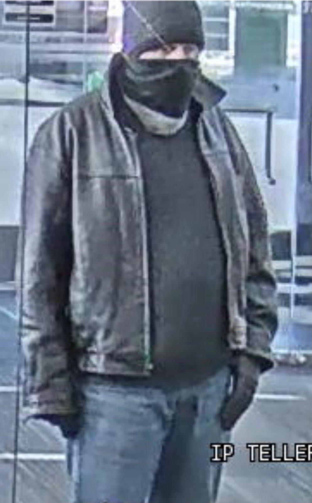 Robber photo 3